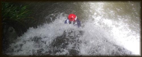 九州 熊本シャワークライミング 滝登り沢登り 写真2
